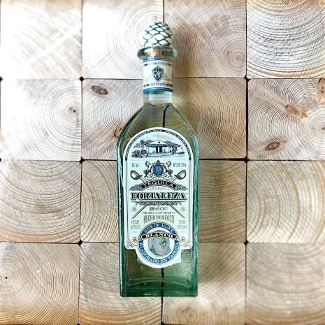 Tequila Fortaleza Blanco / 0.7l / 40%